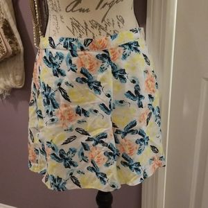 LA Hearts Floral Shorts NWOT
